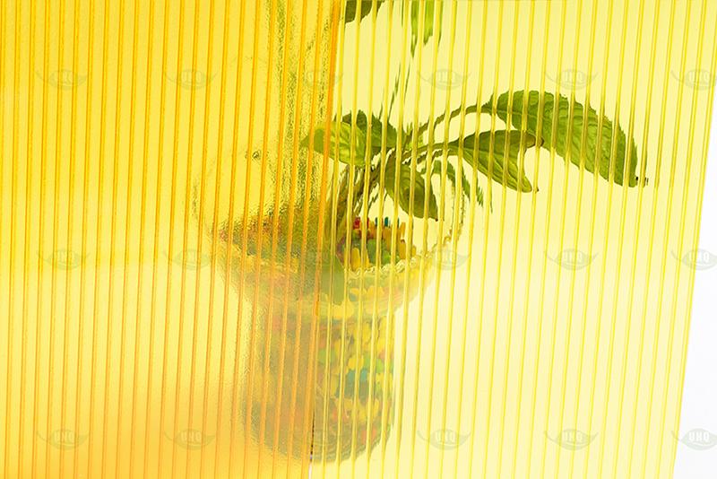 pc晶亮阳光板,PC中
