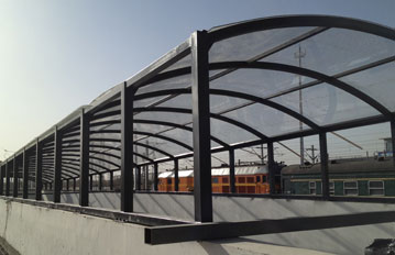 包头火车站耐力板通道雨棚,工程案例