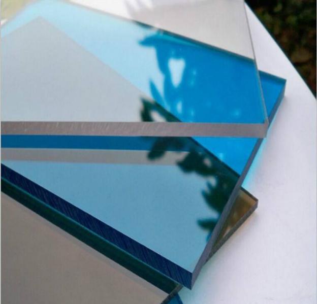 做采光顶PC耐力板和钢化玻璃哪个好?