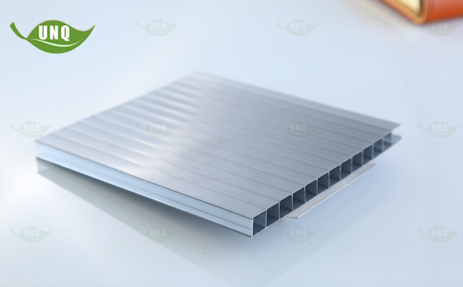 8mm灰色双层阳光板