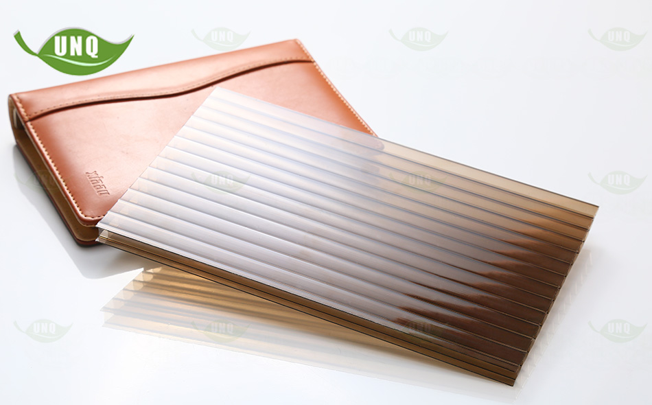 10mm茶色三层阳光板