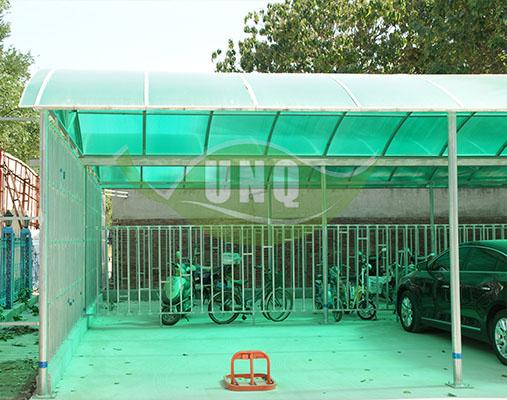 阳光板车棚