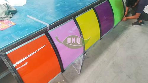 彩色耐力板雨棚