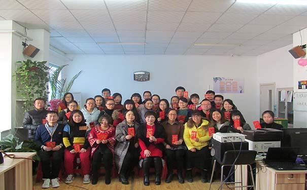 河北优尼科阳光板厂家人员照片