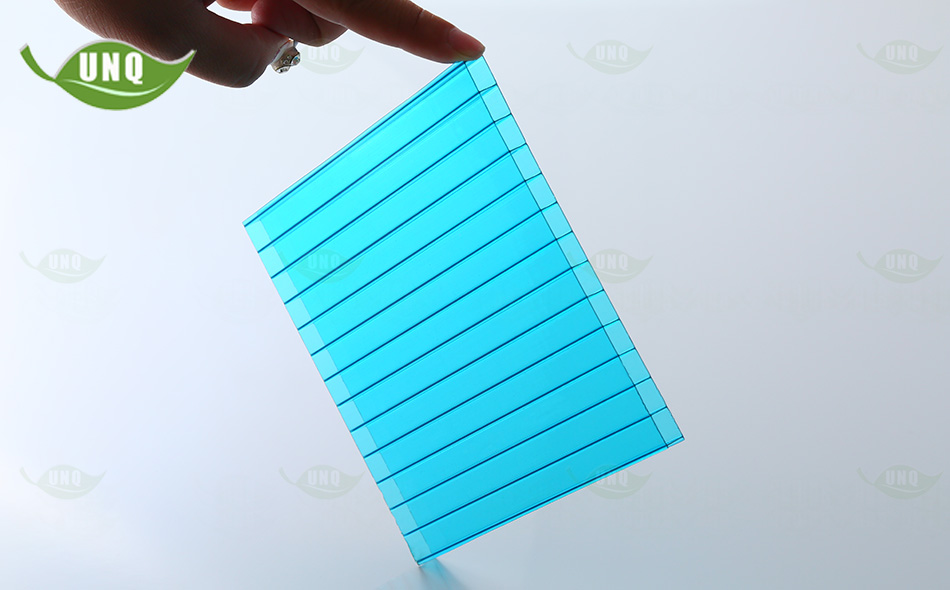 10mm湖蓝三层阳光板