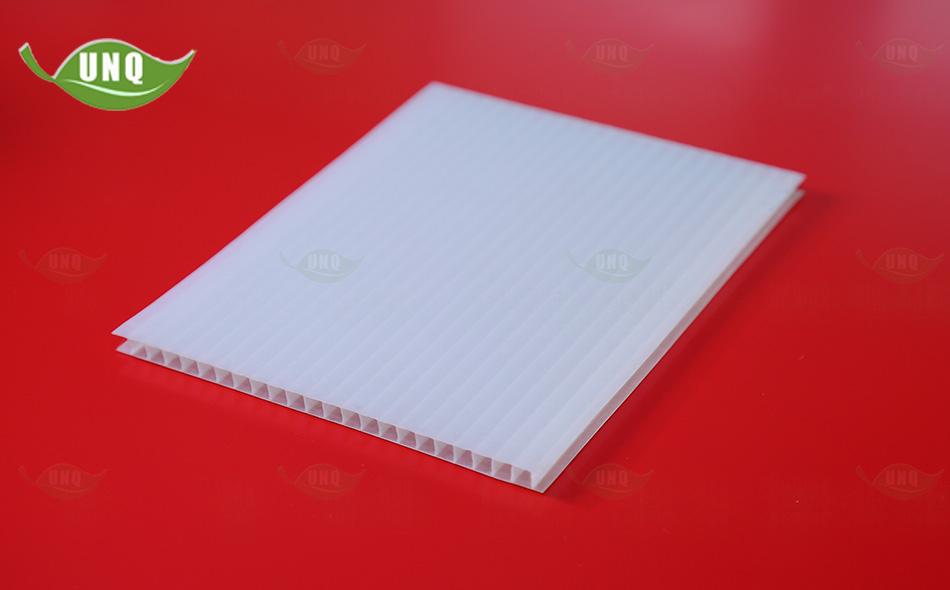 双层乳白阳光板图片