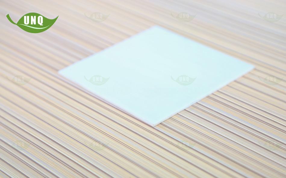 乳白实心耐力板